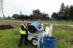 Niños-volunteers-Ray-and-Chris-on-cleanup-day-Jan-2020